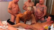 Anni-Angel – Versaute Orgie – Bettentest Deluxe